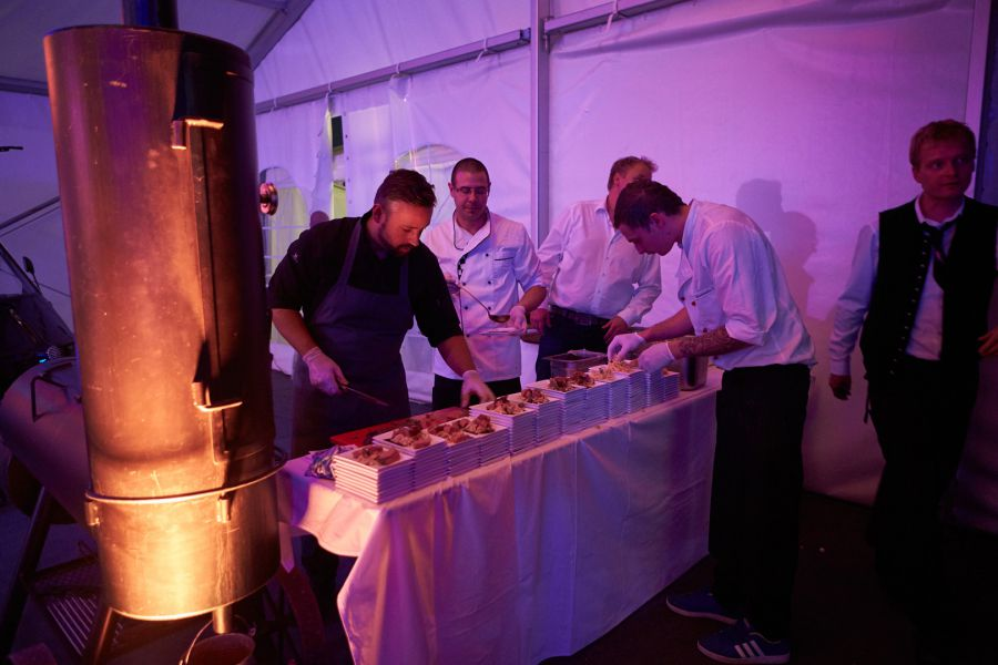 event-cars-catering-food 0028