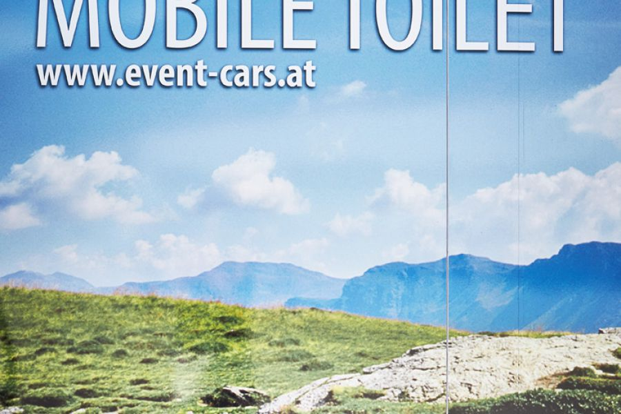 event-cars-mobile-toilet 0011